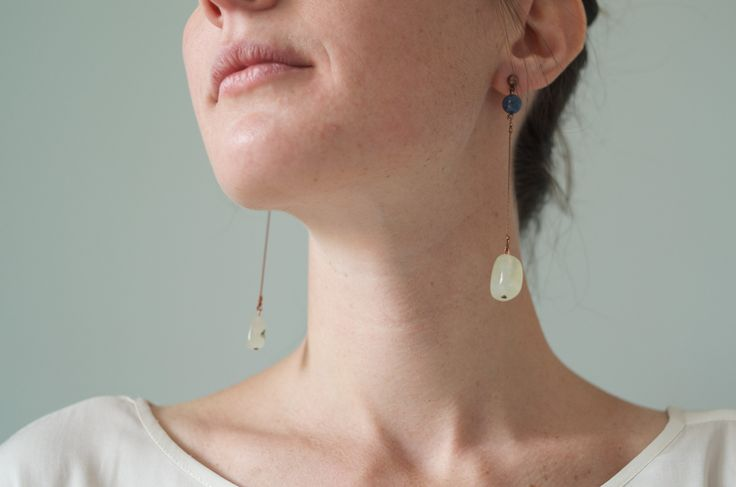Tilda e l'ortica - Mirra - Pendant earrings with Jade and blue corals stones