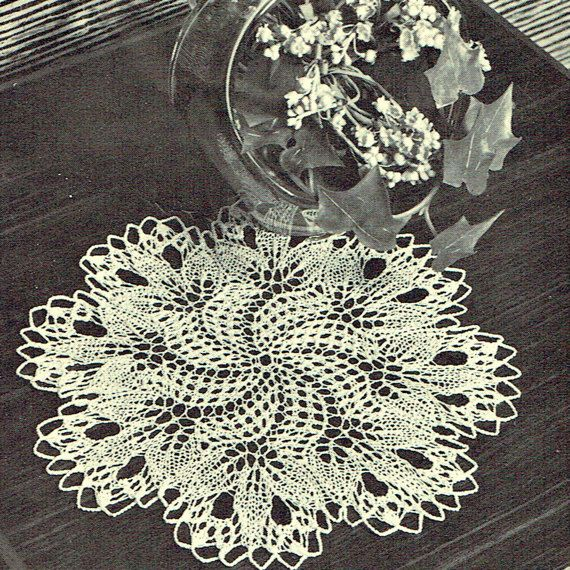 PDF Vintage 1950s Filigree 'Snowflake' Lace Doily Knitting Pattern, Victoriana, Home Decor, Retro, Insertion, Motif, Heirloom, Floral