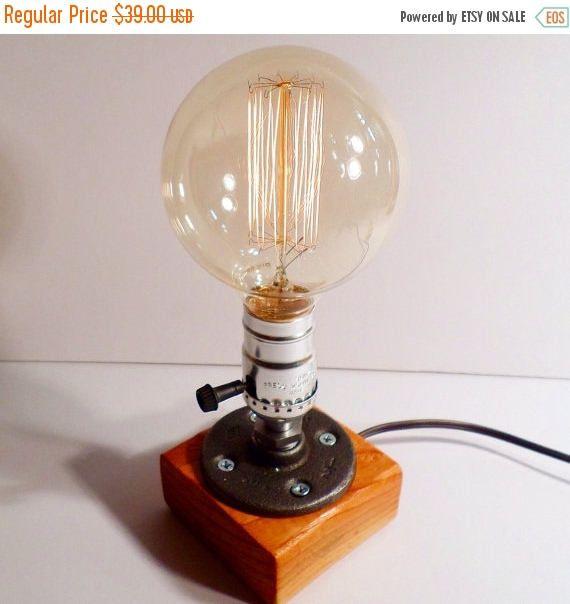 Les 25 meilleures id es de la cat gorie lampe de chevet for Lampe de chevet industriel