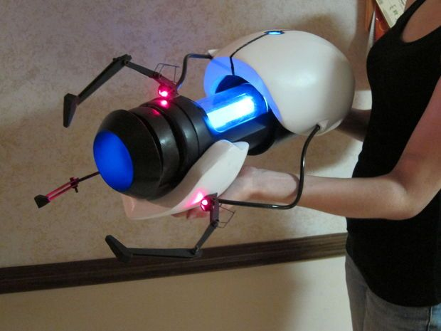Build your own Aperture Science Handheld Portal Device!   :O