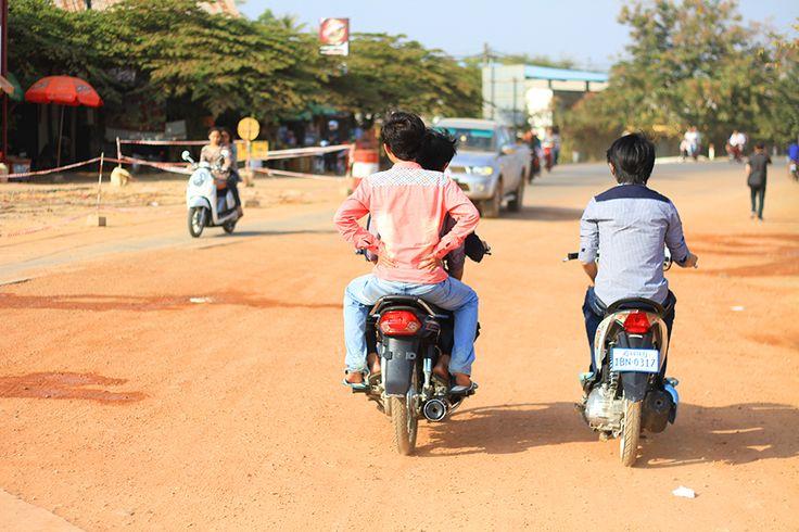 Kampot, une ville du Sud du Cambodge située entre Sihanoukvill et Kep. Un lieu paisible où le poivre est roi et le touriste est heureux ! Que faire