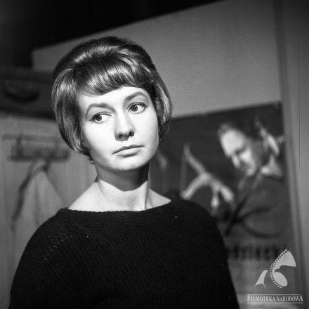 Elżbieta Czyżewska - DOM BEZ OKIEN (dir. Stanisław Jędryka, 1962).