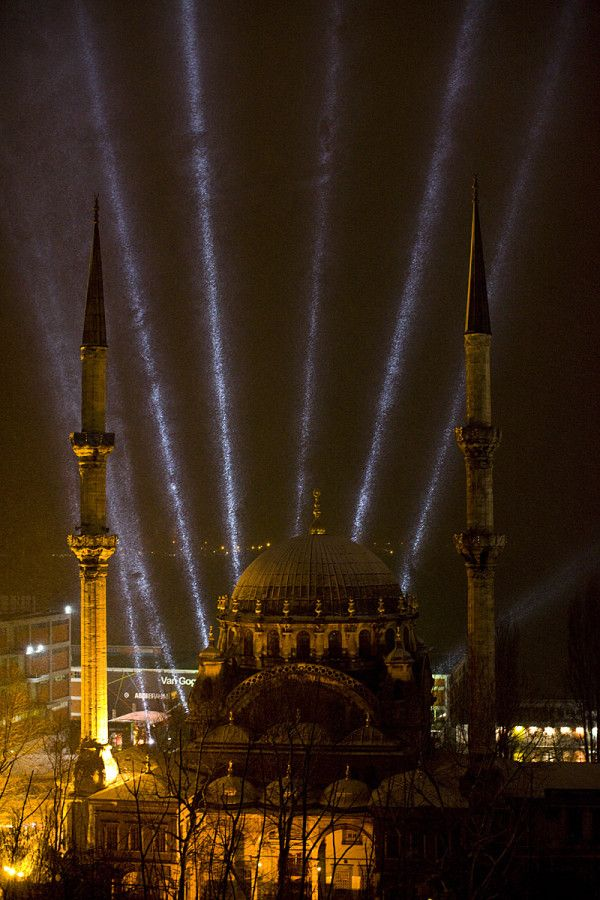 Snow spotlighted and swirling around a mosque in Istanbul. Photo by Dave Hagerman.