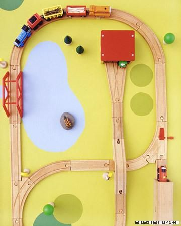 Play Tables for Kids How-To  Need to make a small one for Gabes little train track
