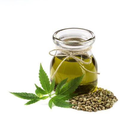 Skrevet af Jen Wittman Hvad er CBD olie? Cannabis eller marihuana indeholder tusindvis af cannabinoidforbindelser,