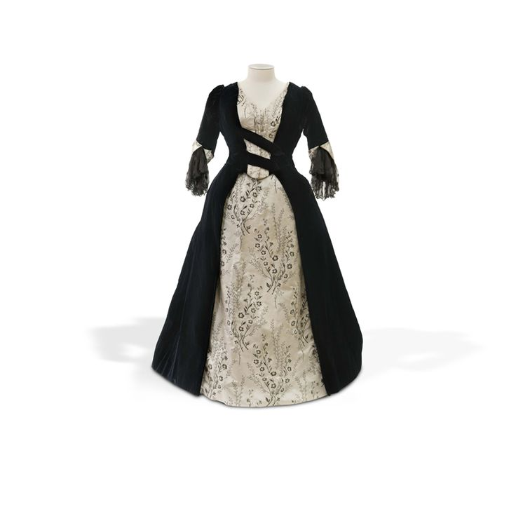 Bodice and skirt, Edwardian (1901-1918) gifted by Janet Williams,collection of Hawke's Bay Museums Trust, Ruawharo Tā-ū-rangi, 89/52/6