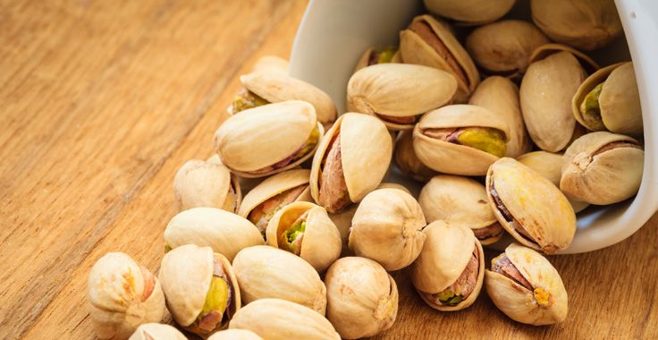 Roasted Unsalted #Pistachios. 10 Healthy Snacks - New York Nutritionist - Carly Feigan, CN Presents the Head to Health Weight Loss Program #healthysnacks #nutrition