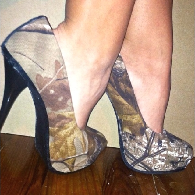 Duck Line Mossy Oak Camouflage High Heel Shoes :) <3