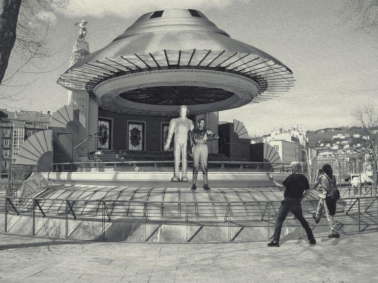 En Bilbao hay un UFO clase Pleyadiano fijo desde 1927. Lo tienes en el Arenal.