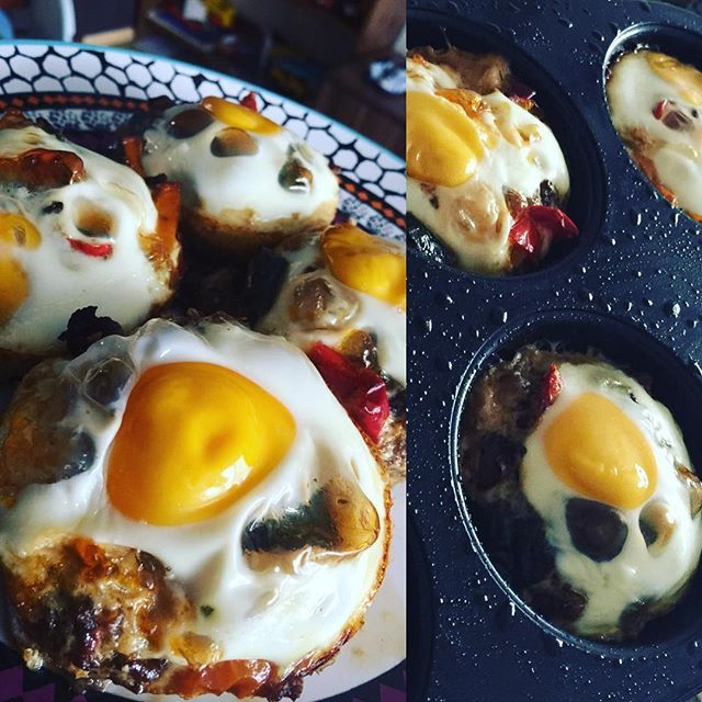 Быстро и вкусно- яйца запеченные в духовке с остатками вчерашней мусаки.
