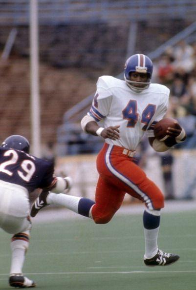 Running back Floyd Little of the Denver Broncos 1972