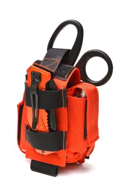 Skinth first responder carry kit