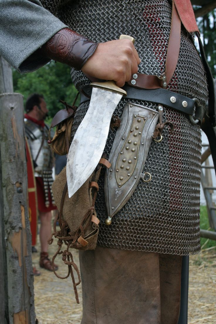 Pugio--a Roman dagger often used in the infantry. Note the durable leaf-blade design. Not particularly flashy but certainly functional