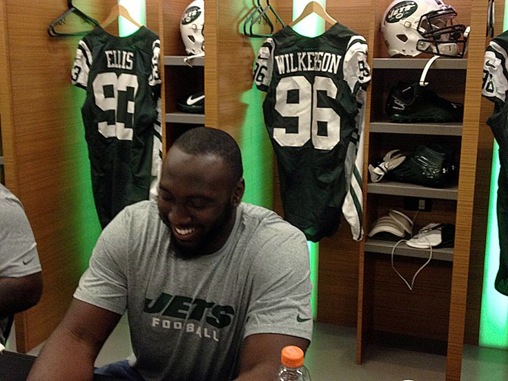 NFL Draft Rumors: Chicago Bears to trade for NY Jets DE Muhammad Wilkerson - http://www.sportsrageous.com/nfl/nfl-draft-rumors-chicago-bears-to-trade-for-ny-jets-de-muhammad-wilkerson/15995/