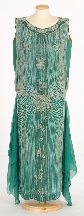 """Dress  early 1920s. """"OMG that dress"""" love it!"""
