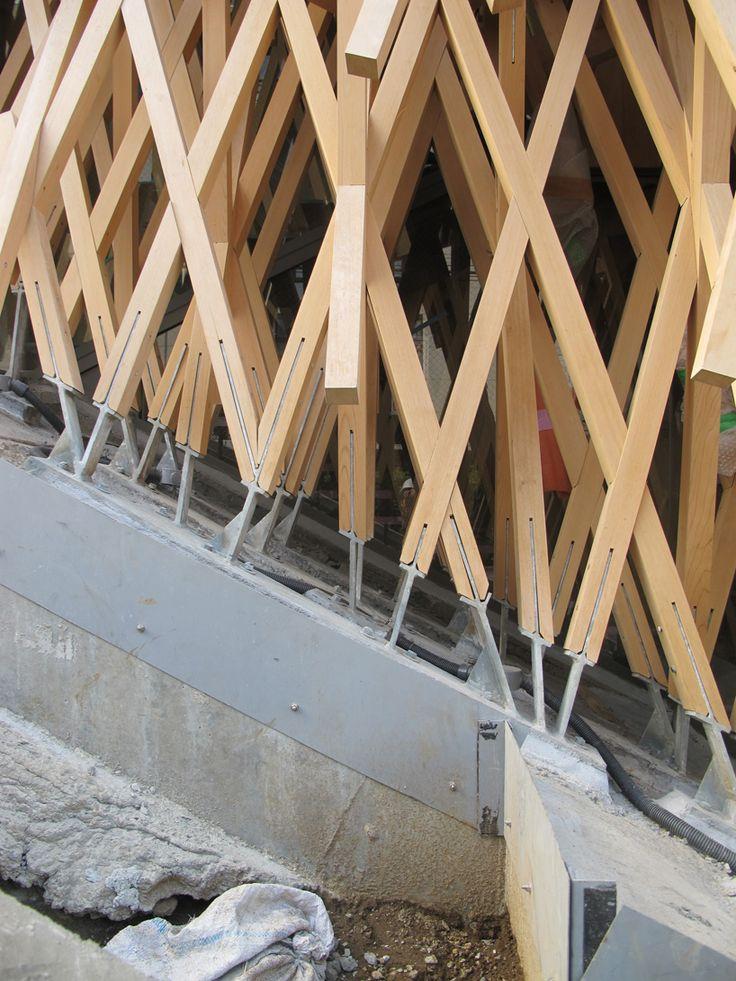 kengo kuma weaves wooden lattice into sunny hills dessert shophttp://www.designboom.com/architecture/kengo-kuma-weaves-wooden-lattice-into-sunny-hills-dessert-shop-in-japan-02-27-2014/gallery/image/kengo-kuma-completes-sunny-hills-japan-shop-in-wood-designboom-29/