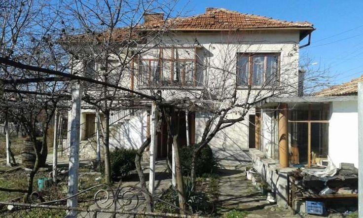 property, house in SARAYA, PAZARDZHIK, Bulgaria - Cheap rural house, 700 sqm garden, 98 km. to Sofia airport