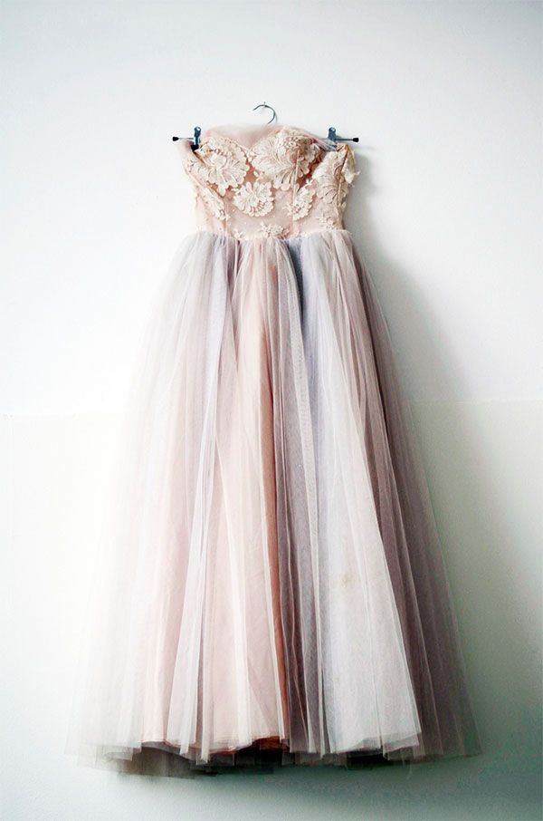 Vintage tulle dress. This is so pretty! I love the sheer and the flowers #TopshopPromQueen