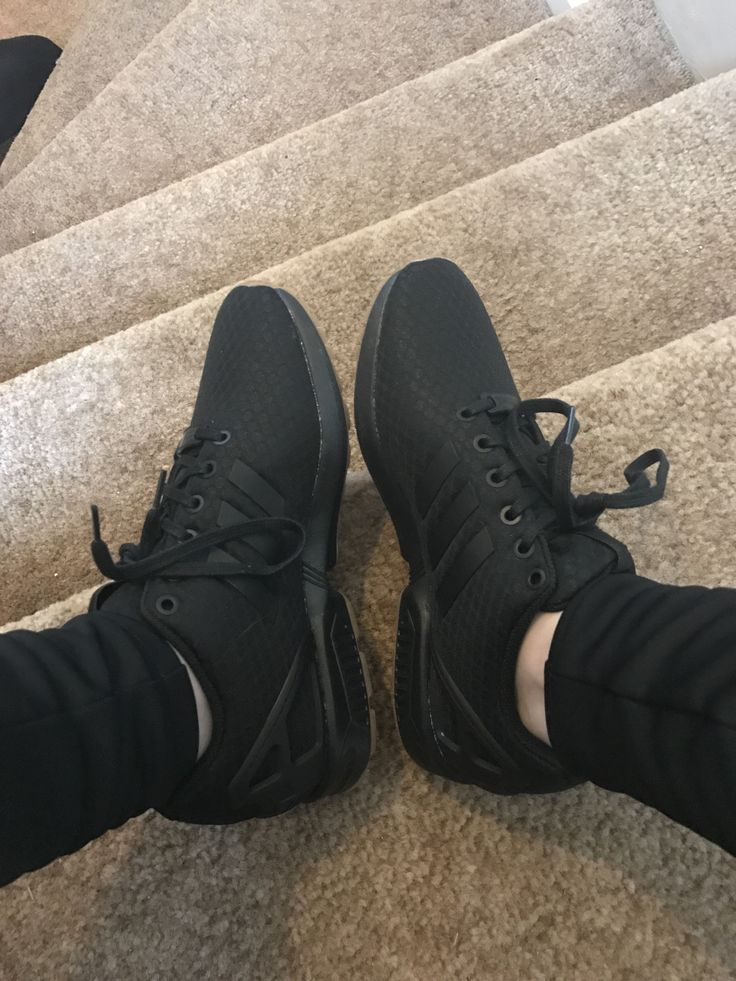 lowest price a7a4c c28b7 all black adidas zx flux