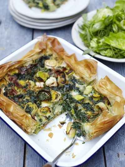 Spring pie | Jamie Oliver Easy one tray pie to make with toddlers :)