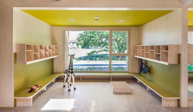 Kindergarten Waldbüttelbrunn Innenaufnahme Garderobe
