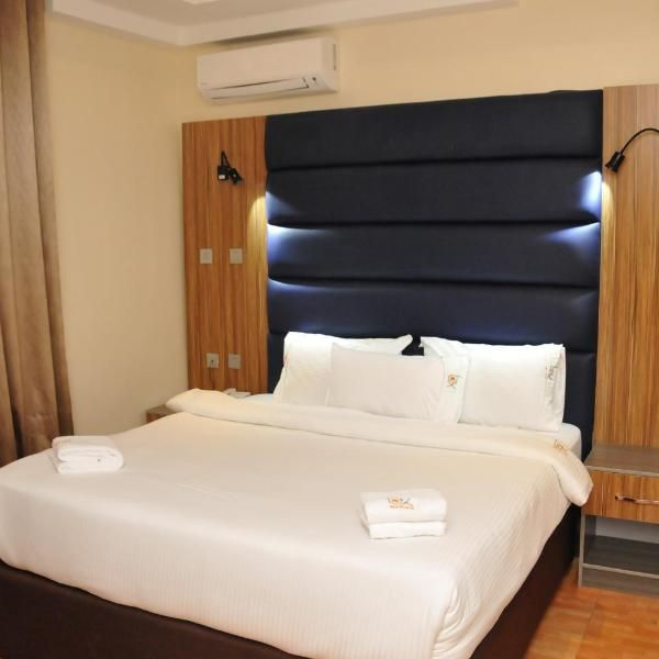 Box Residence Hotel Featuring Free Wifi And A Barbecue Box Residence Offers Accommodation In Lagos 2 Minutes Walk From Vfs Gl Hotels Room Hotel Room Furniture