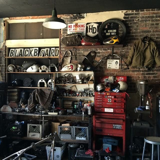 466 best images about garage on pinterest american pickers shops and workbenches - American motorbike garage ...