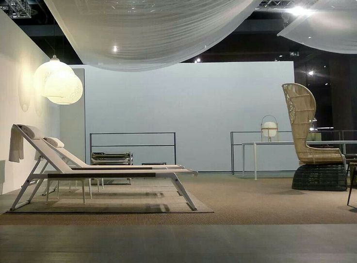 82 best imm cologne images on pinterest cologne b b italia and console. Black Bedroom Furniture Sets. Home Design Ideas