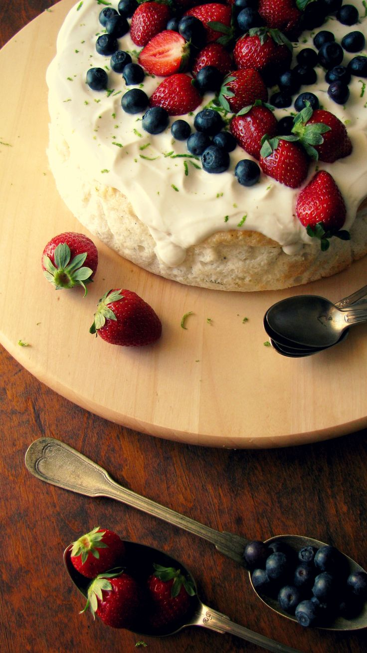 +Angel food cake with cardamon lime and yogurd frosting... C A K E M Y D A Y http://handmadecakes.wix.com/cakemyday