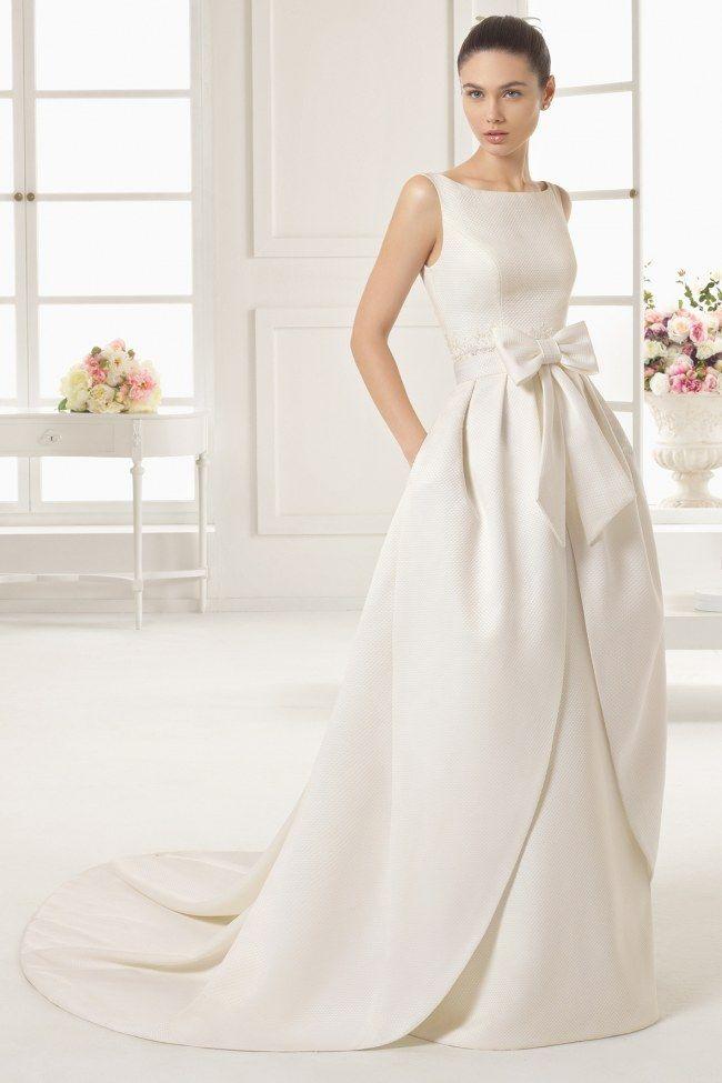 de Rosa Clara sur Pinterest  Robe en dentelle de mariée, Robes de ...