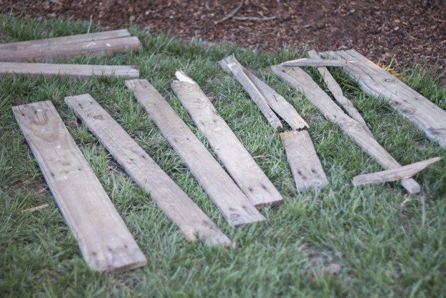 How To Create A Wooden Pallet Sign From Upcycled Wooden Pallets