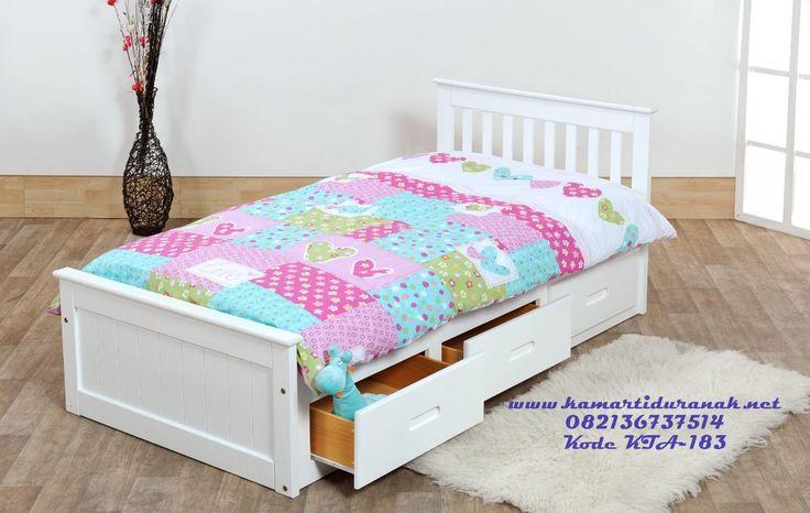 ModelTempat Tidur Single Bed With Drawer 2017 DesainTempat Tidur Single Bed With Drawer 2017 adalah Ranjang Single Bed Anak multifungsi dengan tambahn laci-laci sorong yang sangat berguna untuk menyimpan bedcover, mainan, boneka dll.Tempat Tidur Single Bed With Drawer 2017 bisa anda gunakan sebagai salah satu pembelian furniture anak yang spesial karena harga yang ekonomis serta …