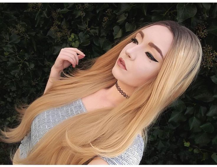 @charlottealicecollier Looks gorgeous in Lush style: Blonde Heaven  . . Blonde Heaven is available and in stock now from Lushwigs.com #lushwigs #wig #lushhair #lushwigsblondeheaven #blondewig  #blonde #syntheticwigs (link in bio)
