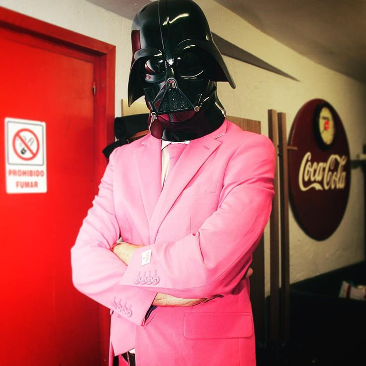 Come to the #pink side, it's saturday!! #darthvader #starwars #suit #opposuits #vader #party #funidelia #tie #costard #costume