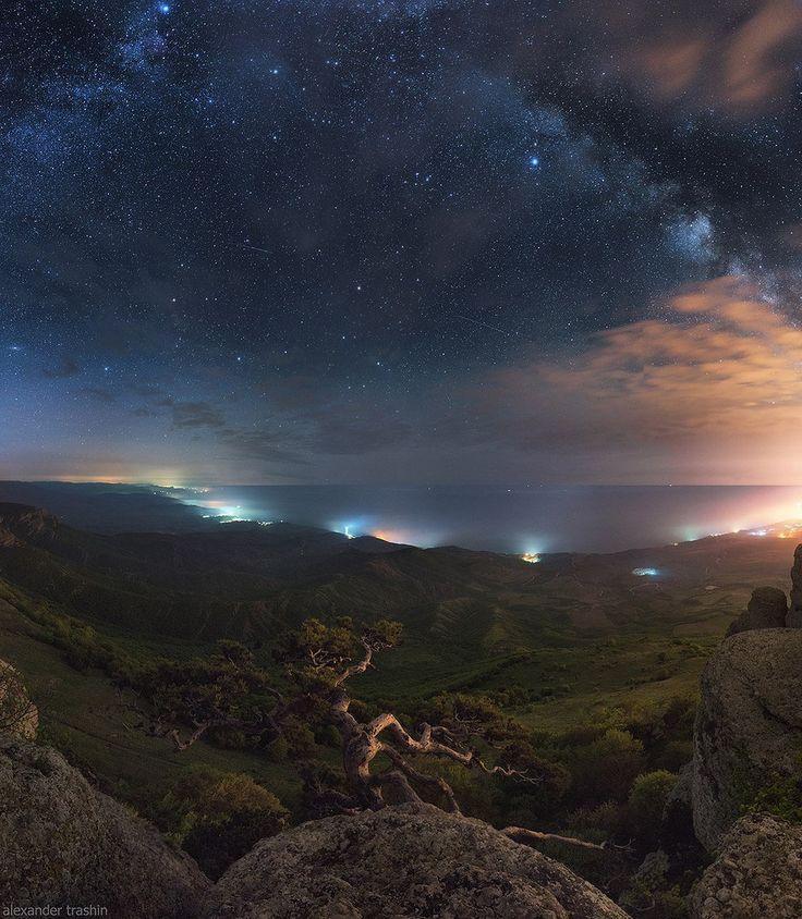 Вершина Южной Демерджи, Крым. Автор фото — Александр Трашин.