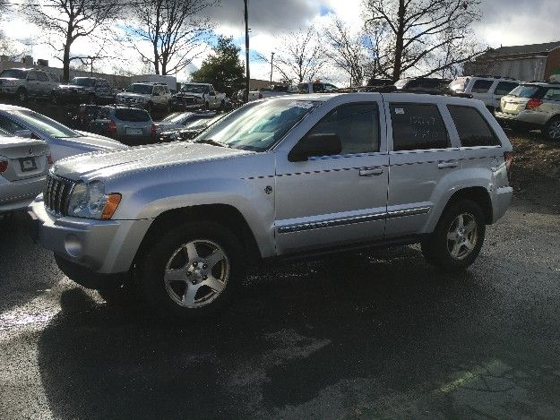 Check out this 2006 Jeep Grand Cherokee Limited Only 101k miles. Guaranteed Credit Approval or the vehicle is free!!! Call us: (203) 730-9296 for an EZ Approval.$9,995.00.