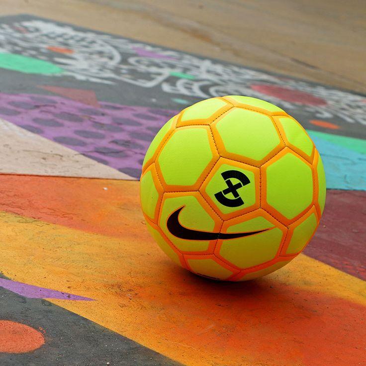 Nike FootballX Menor - Balón de fútbol sala - Talla 4 Fotografía: Marcela Sansalvador