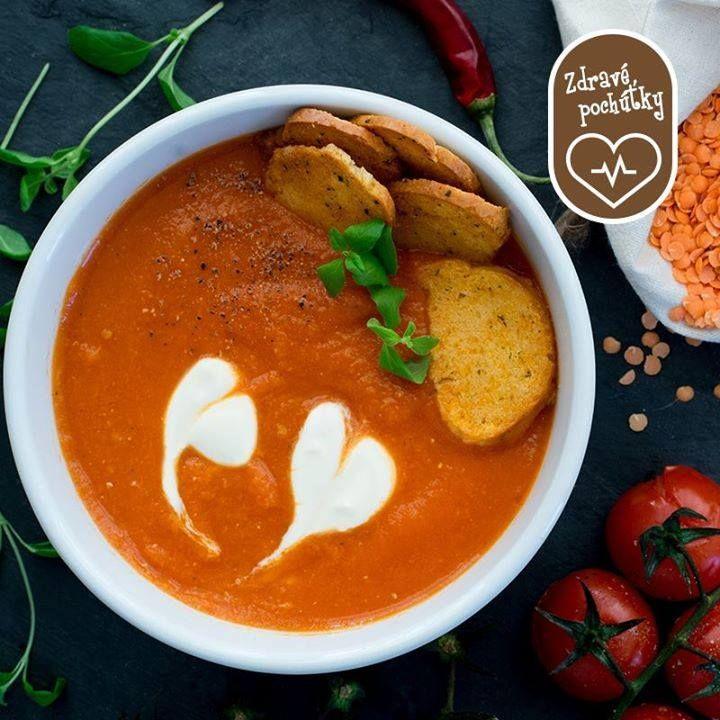 Paradajková polievka s červenou šošovicou je vitamínová bomba a dobrá prevencia pred zákernými chorobami v tomto období. Pustite sa do varenia tohto receptu: http://bit.ly/paradajkova_polievka_s_cervenou_sosovicou