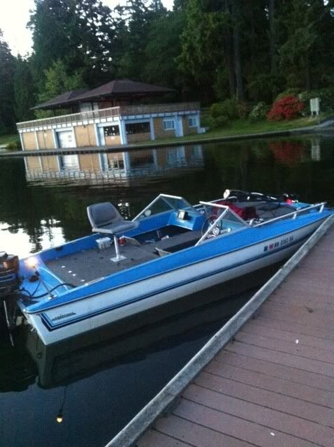 12 best jon boat images on pinterest fishing fishing for Fish finder for jon boat