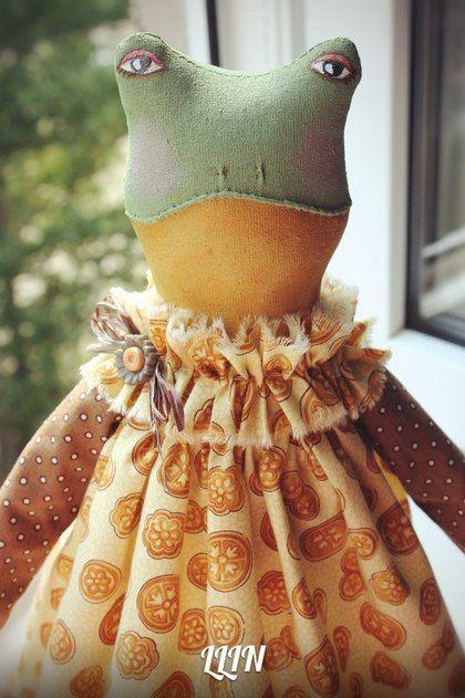 """ЛИ ГУШКА"" - коричневый,лягушка игрушка,интерьерная игрушка,интерьерное украшение"