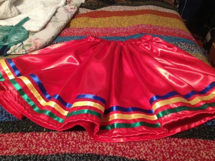 Falda para traje de diablada. Hecha por Marcela Moena