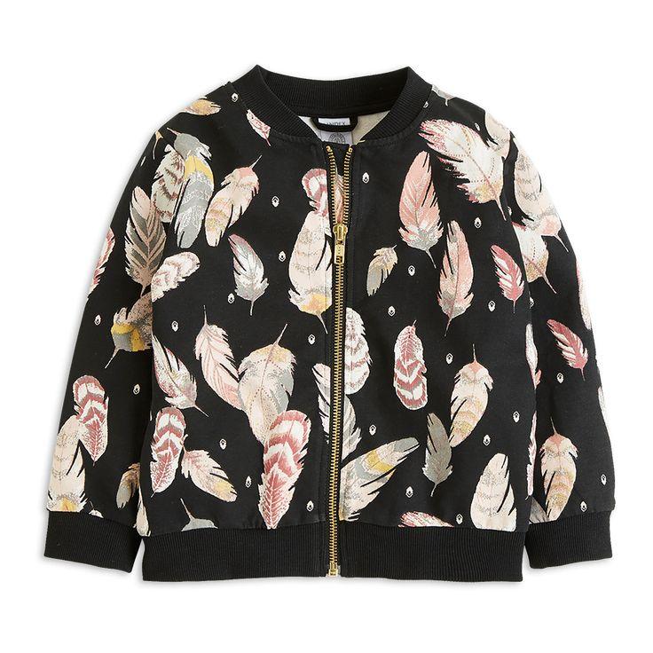 Värikkäät sulat ja pehmeä, ekologinen puuvilla tekevät tästä bomber-takista päivittäisen suosikin. Tätä tuotetta on myös suurempia kokoja, jotta sisarukset voivat pukeutua samanlaisiin vaatteisiin.