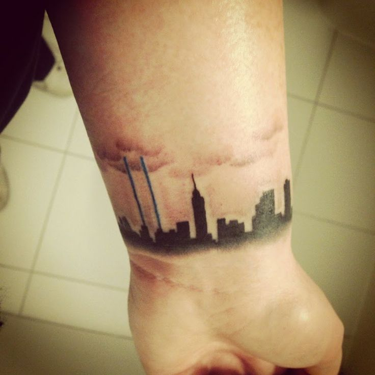Tattoo Ideas New York: 17 Best Ideas About Skyline Tattoo On Pinterest