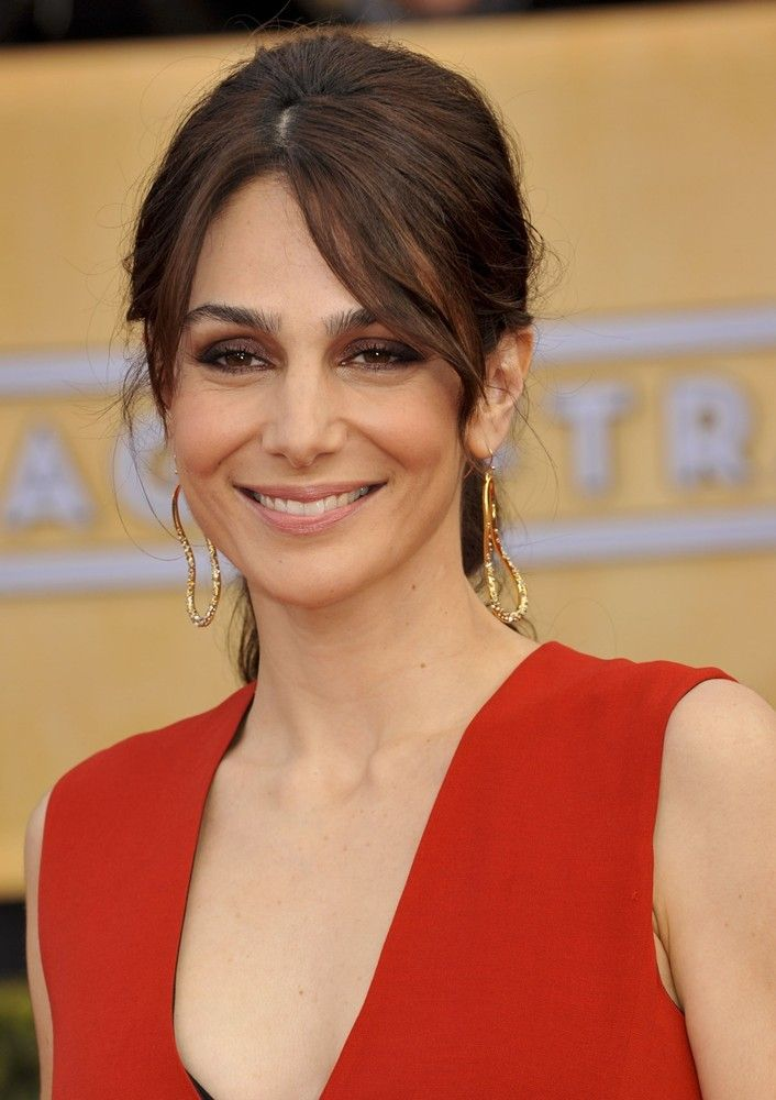 Annie Parisse was born on July 31, 1975 in Anchorage, Alaska, USA as Anne Marie Cancelmi. Description from anesakajtazovic.net. I searched for this on bing.com/images