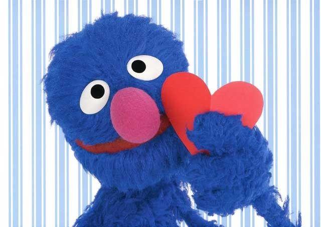Postkarte Sesamstrasse mit Grobi – Grobi mit Herz Postkarten Liebe