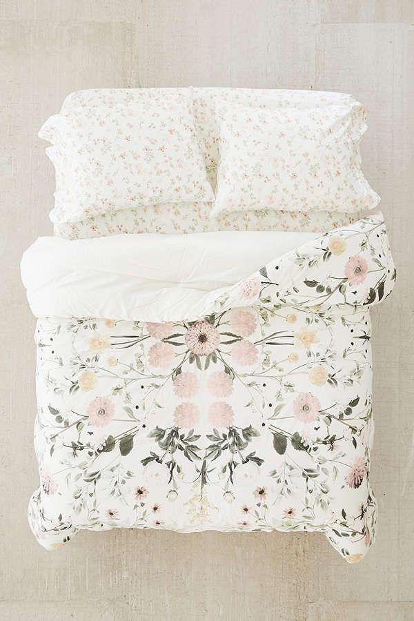 Slide View: 3: Daniella Floral Comforter Snooze Set