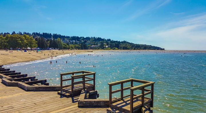 One of the many beaches in Vancouver. So beautiful!   www.clickandsellphotography.com https://plus.google.com/u/0/118315433860084945611/photos?gmbpt=true&fd=1 https://www.instagram.com/edmonton_photo/?hl=en #vancouver #vancouverbeaches #beaches #bc