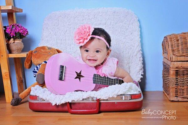 baby aqella 10mo