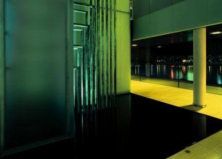 The water sculpture stands by the auditorium and reception on the entrance floor of Nykredit Headquarters in Copenhagen (Denmark), and art piece by Anita Jørgensen. #architecture #art #copenhagen #interiordesign