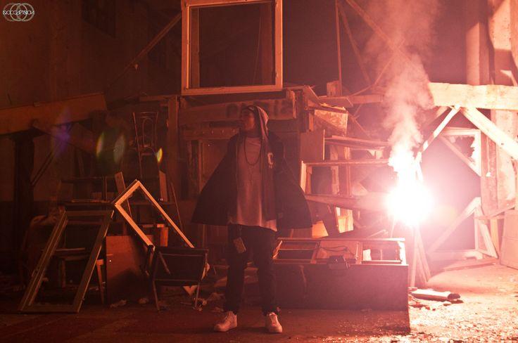 'NIZZY ROYCE' (Rapper) www.roccavision.com